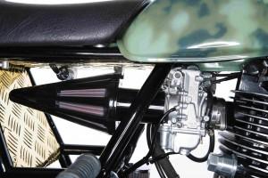 PIG7 Yamaha SR 600 Custom 001