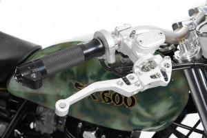 PIG7 Yamaha SR 600 Custom 002